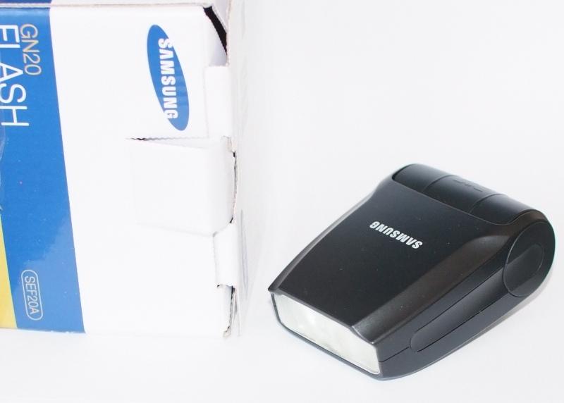Blesk Samsung SEF20A TOP STAV