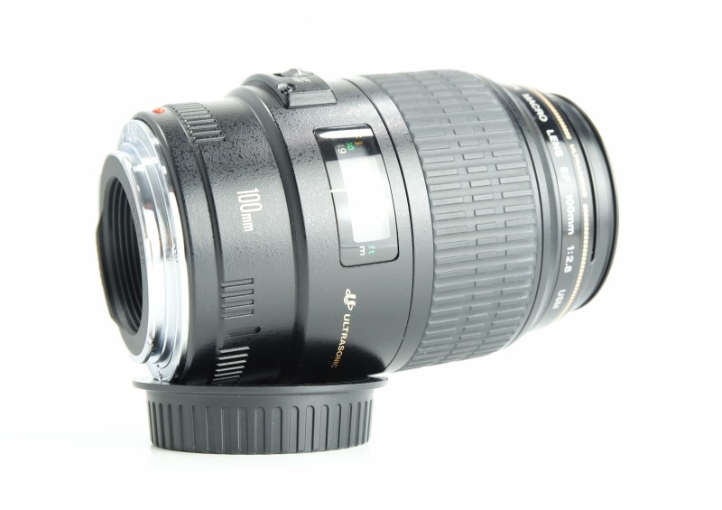CANON EF 100 mm f/2,8 MACRO USM TOP STAV