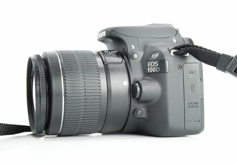 Canon 100D + Canon 18-55mm III TOP