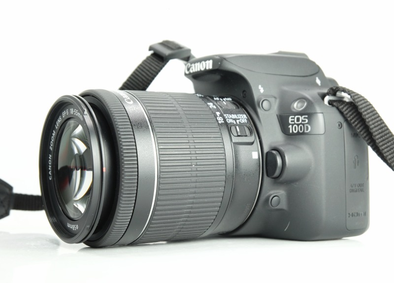 Canon 100D + Canon 18-55mm IS STM TOP