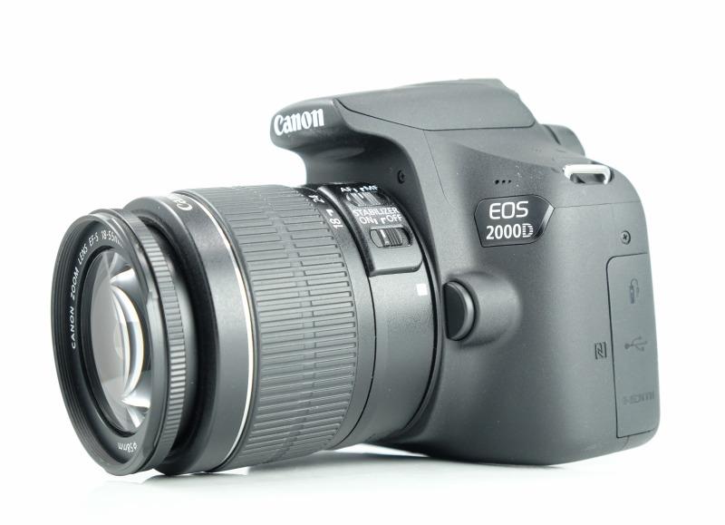 ANON EOS 2000D + 18-55 mm IS II TOP STAV