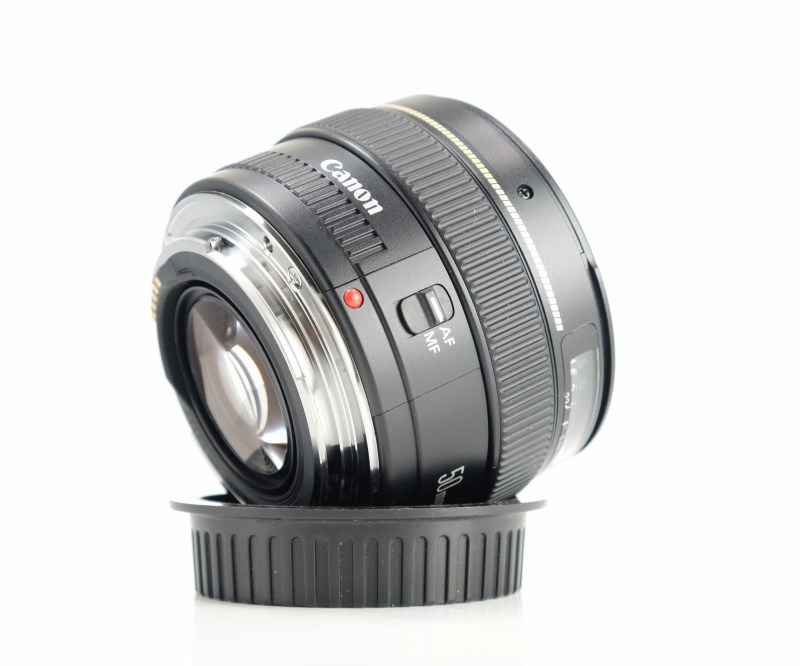 CANON EF 50 mm f/1,4 USM TOP STAV