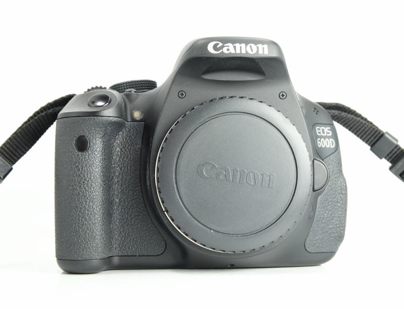 Canon EOS 600D SUPER STAV
