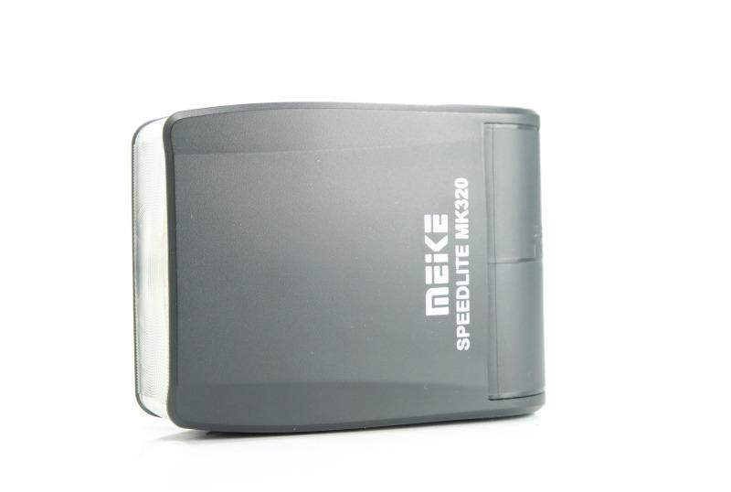 Meike MK-320 pro Nikon blesk Speedlight TOP