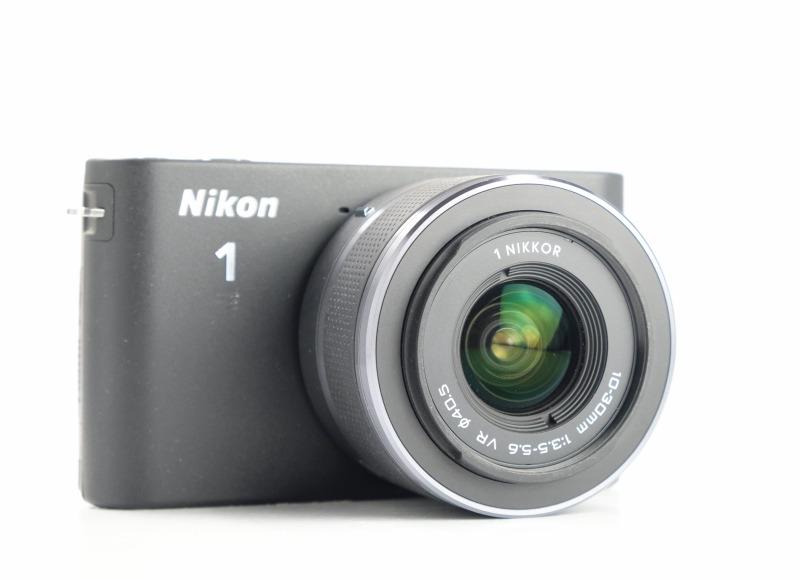 NIKON 1 J1 černý + 10-30 mm VR TOP