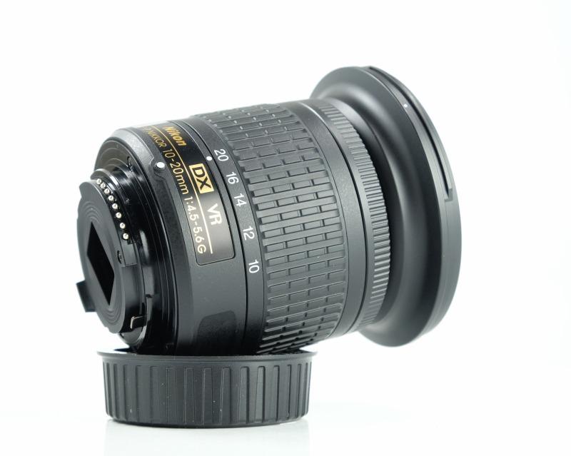 NIKON 10-20 mm f/4,5-5,6G VR AF-P DX TOP STAV