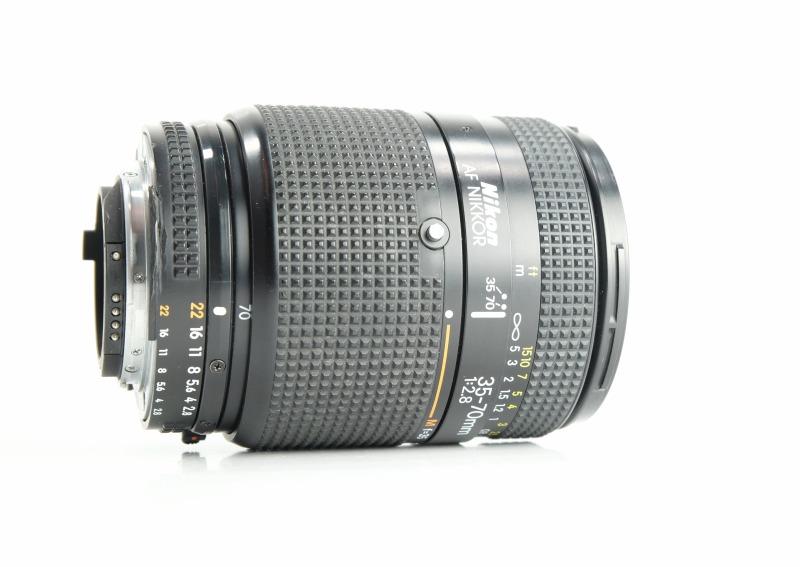 Nikon 35-70 mm F2,8 AF