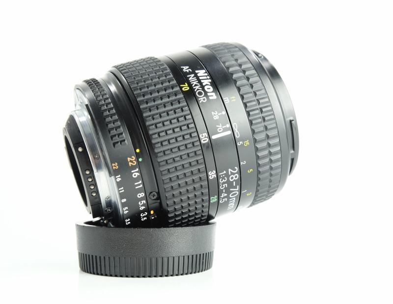 Nikon 28-70mm f/3.5-4.5 AF