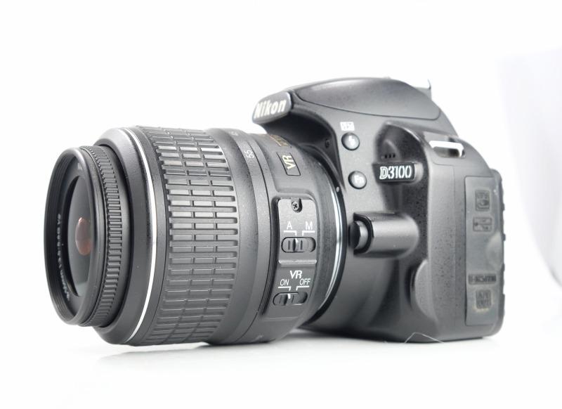Nikon D3100 + Nikon 18-55mm AFS VR