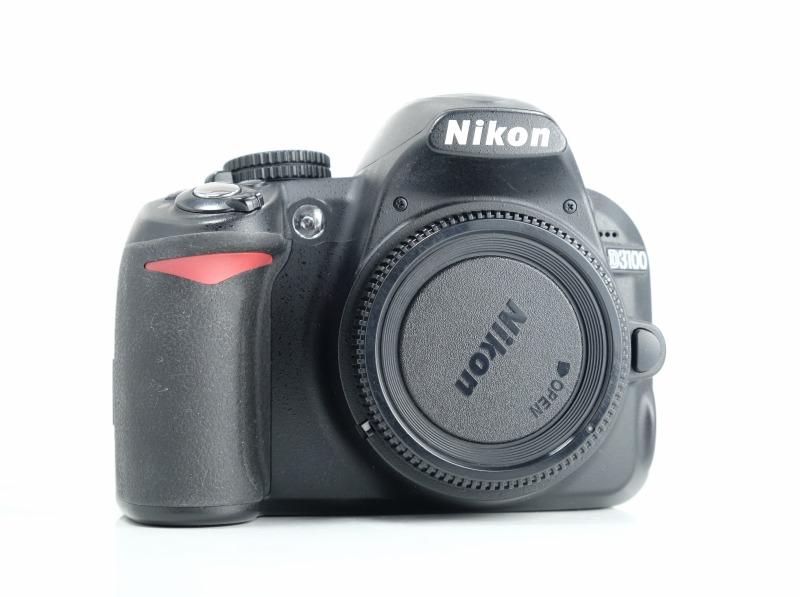 Nikon D3100 TOP