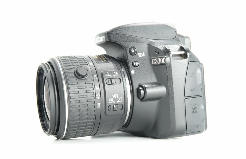 NIKON D3300   + Nikon 18-55mm II VR