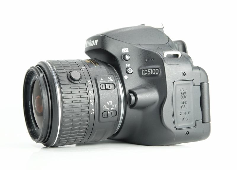 Nikon D5100 + 18-55mm VR  SUPER STAV