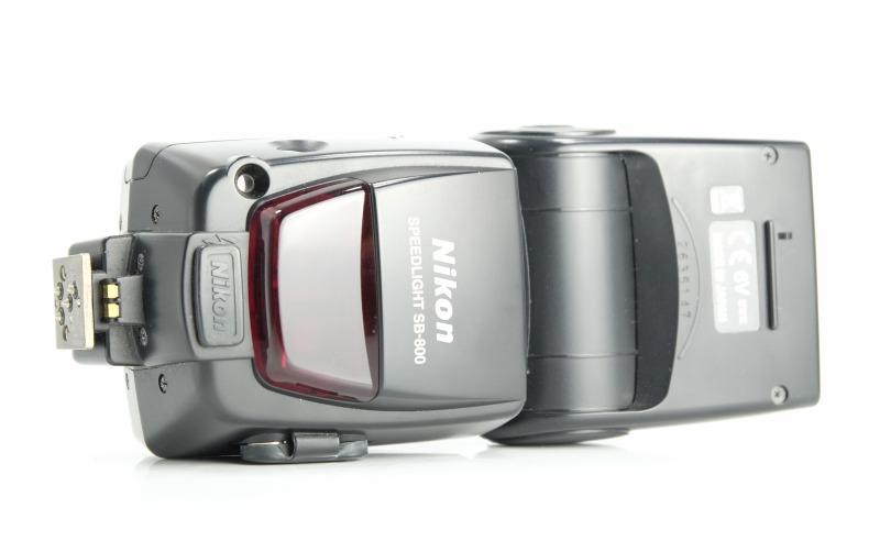 blesk Nikon SB-800