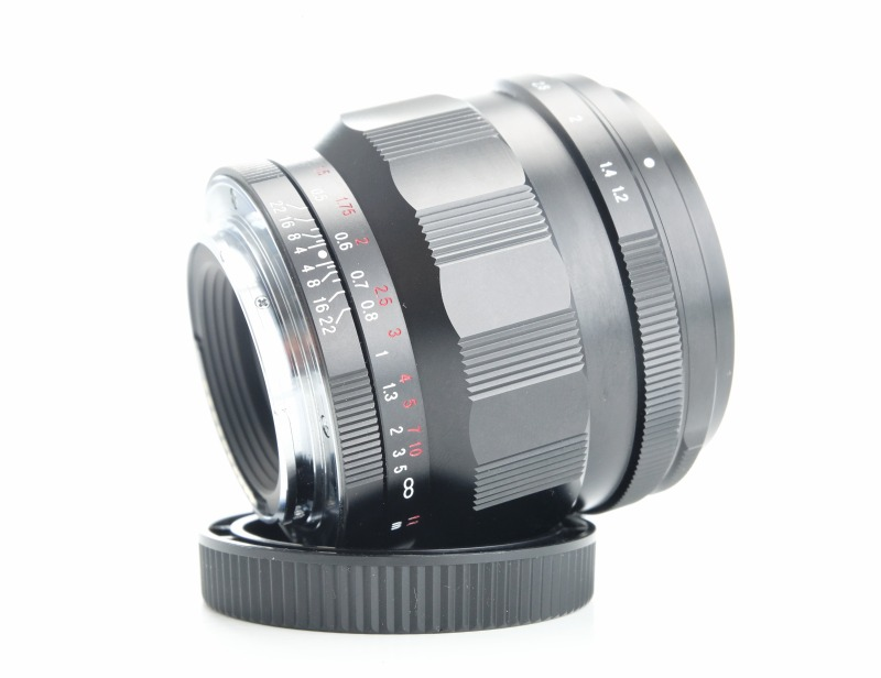 VOIGTLÄNDER 40 mm f/1,2 Nokton SE Asph. pro Sony E
