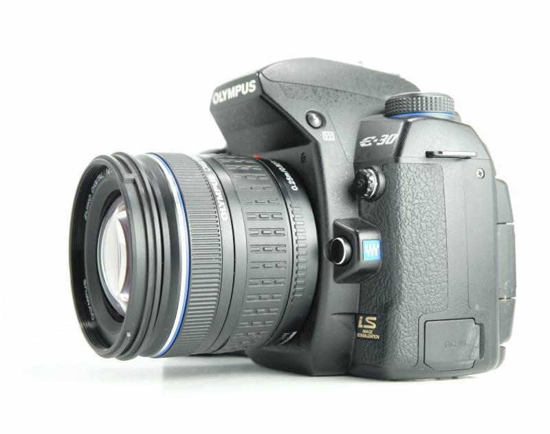 Olympus E-30 + 14-42mm