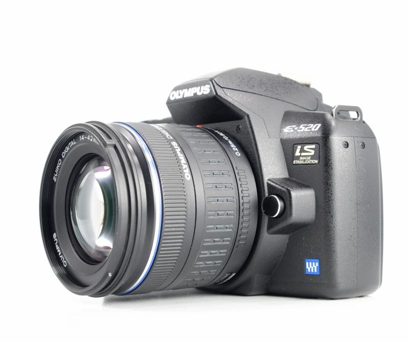 Olympus E-520 + 14-42 mm SUPER STAV