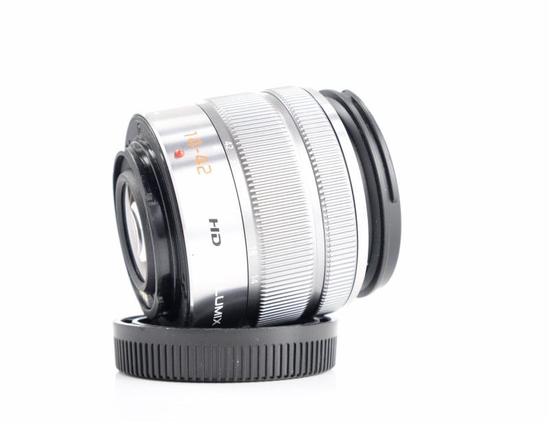 Panasonic Lumix G Vario 14-42mm f/3,5-5,6 HD ASPH. Mega O.I.S.
