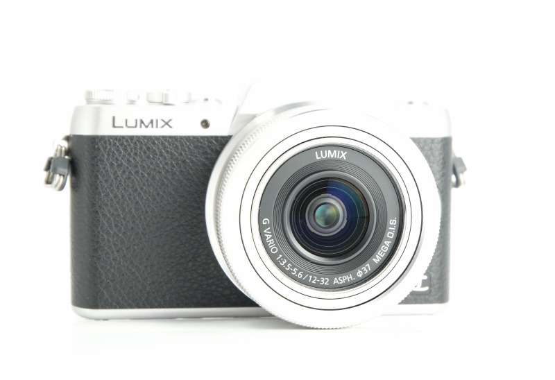 Panasonic Lumix DMC-GF7 + 12-32 mm TOP STAV