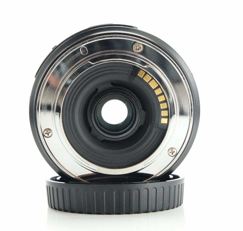 Samsung NX 18-55mm f/3,5-5,6 III O.I.S. TOP