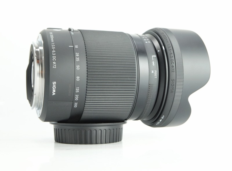 SIGMA 18-300 mm f/3,5-6,3 DC OS HSM Contemporary pro Canon TOP