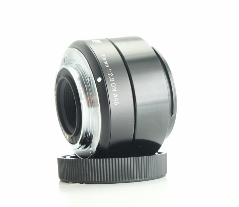 SIGMA 30 mm f/2,8 DN Art černý pro MFT záruka do 7/2022