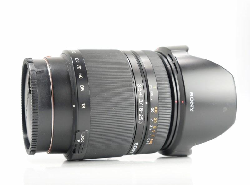 SONY 18-250 mm f/3,5-6,3 pro bajonet A