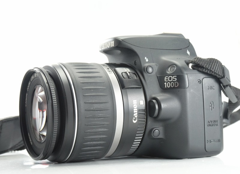Canon 100D + Canon 18-55mm II