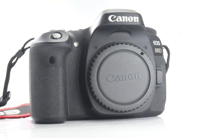 Canon EOS 80D  TOP