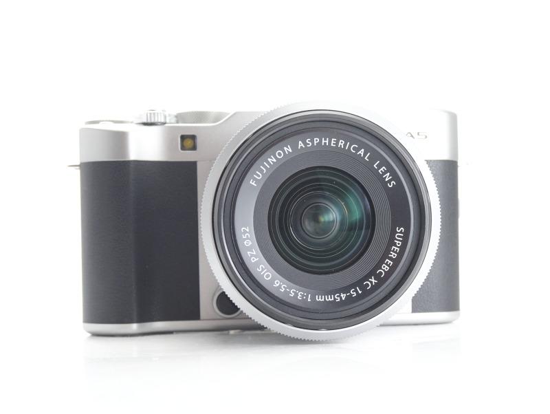 FUJIFILM X-A5 + XC 15-45 mm TOP