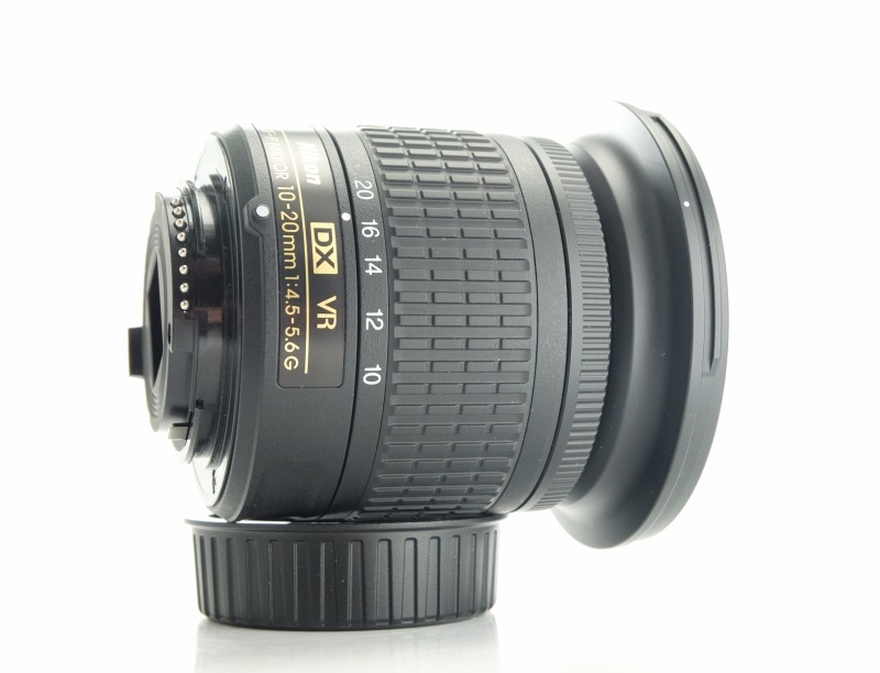 NIKON 10-20 mm f/4,5-5,6G VR AF-P DX TOP záruka do 9/2021