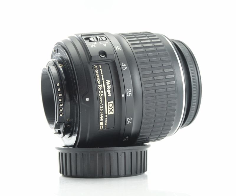 Nikon 18-55mm f/3,5-5,6 G II AF-S DX TOP