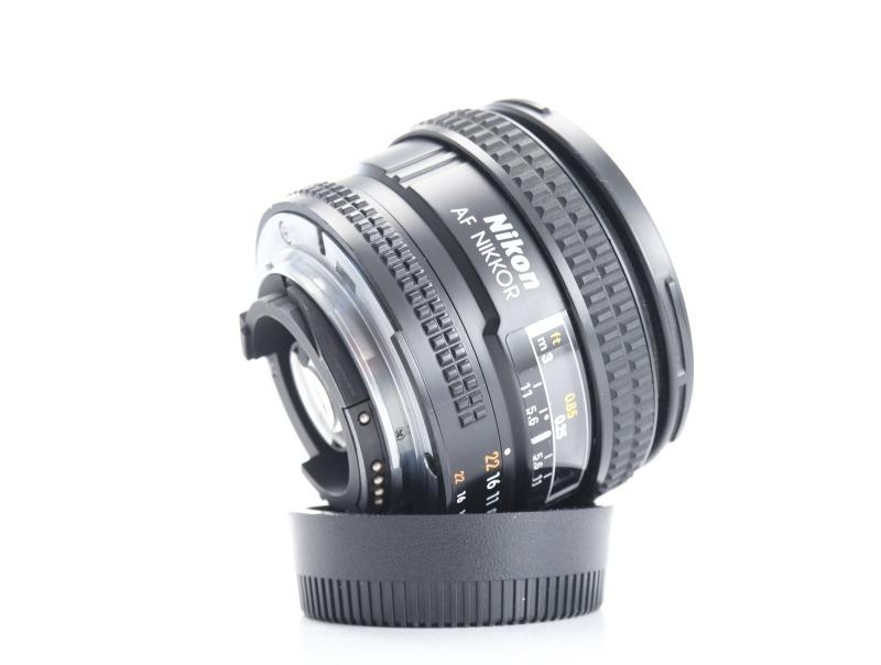 NIKON 20 mm f/2.8 D AF