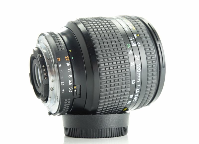 Nikon 24-120mm f/3.5-5.6 AF-D