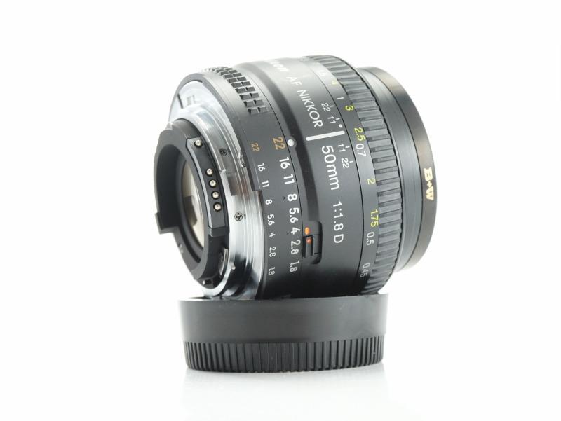 NIKON 50 mm f/1,8  AF D