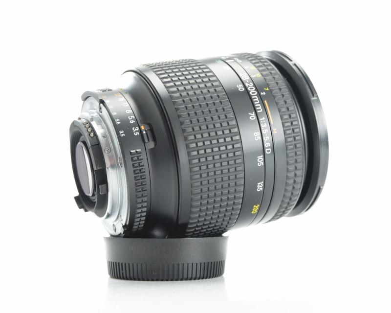 Nikon AF Nikkor 28-200mm 1: 3.5-5.6D