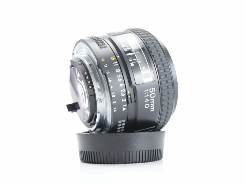 NIKKOR 50mm f/1.4 AF D TOP