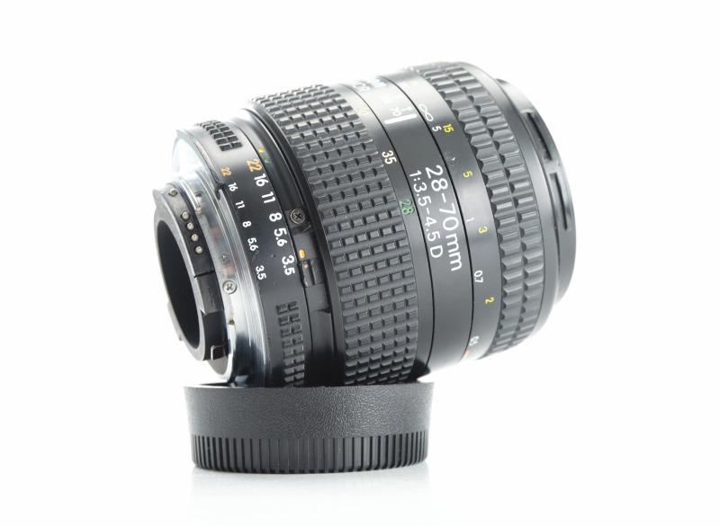 Nikon 28-70mm f/3.5-4.5 AF-D