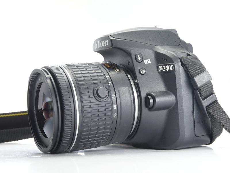 NIKON D3400 + 18-55 mm AF-P VR TOP