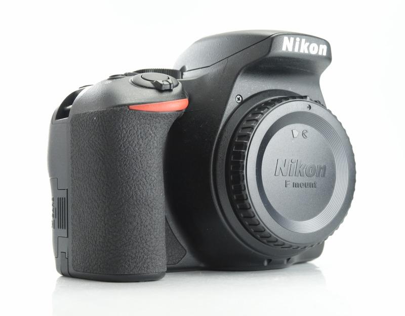 Nikon D3500 TOP