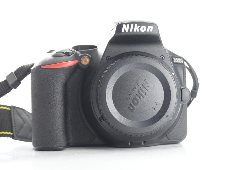 Nikon D5600 TOP
