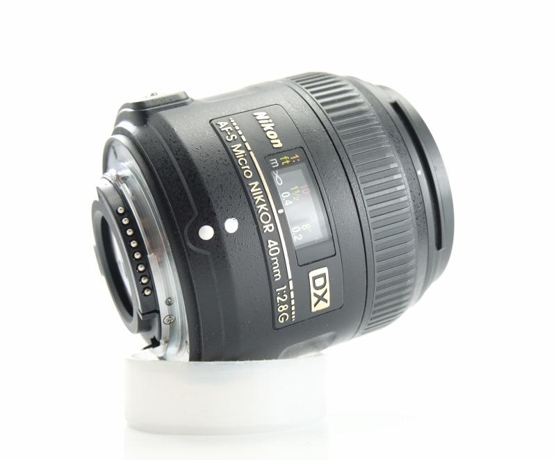 NIKON 40 mm f/2,8 G MICRO AF-S DX