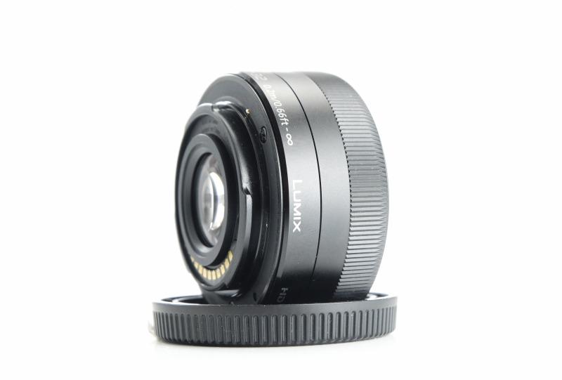 PANASONIC 12-32 mm f/3,5-5,6 MEGA O.I.S