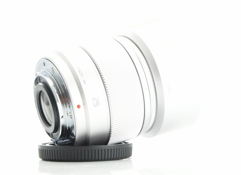 PANASONIC 25 mm f/1,7 TOP