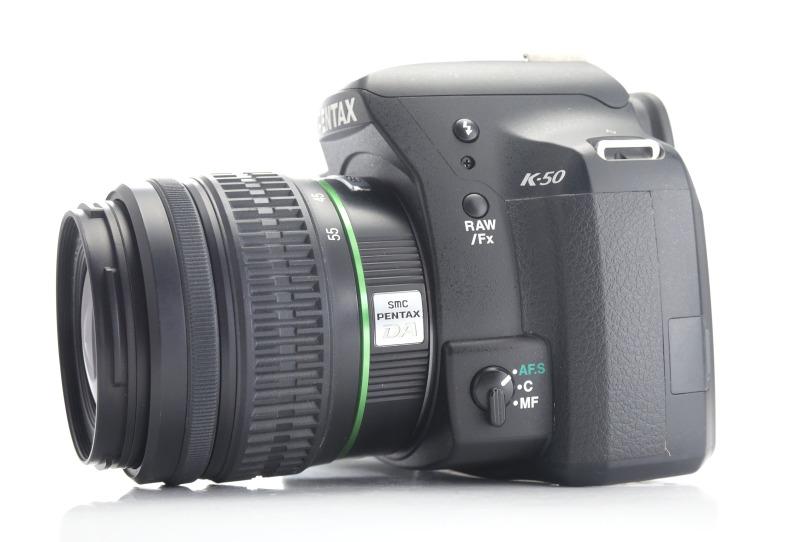 PENTAX K-50 + 18-55 mm