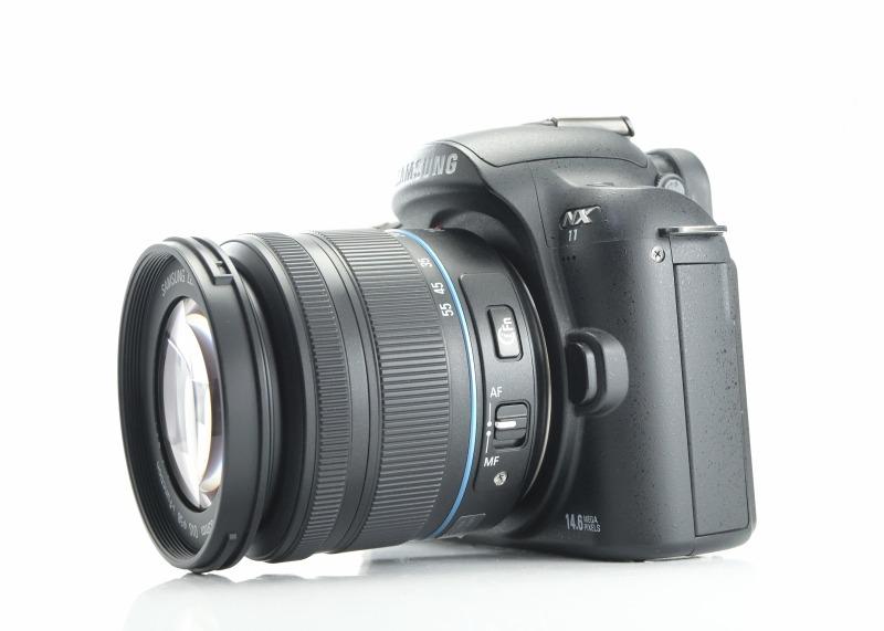 Samsung NX11 + 18-55 mm OIS