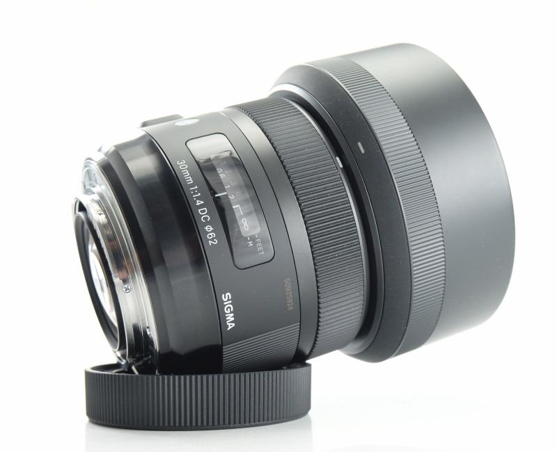 SIGMA 30 mm f/1,4 DC HSM Art pro Sony A