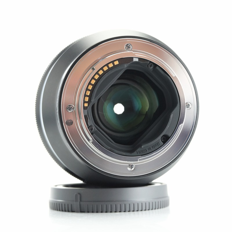 SONY FE 85 mm f/1,8 TOP