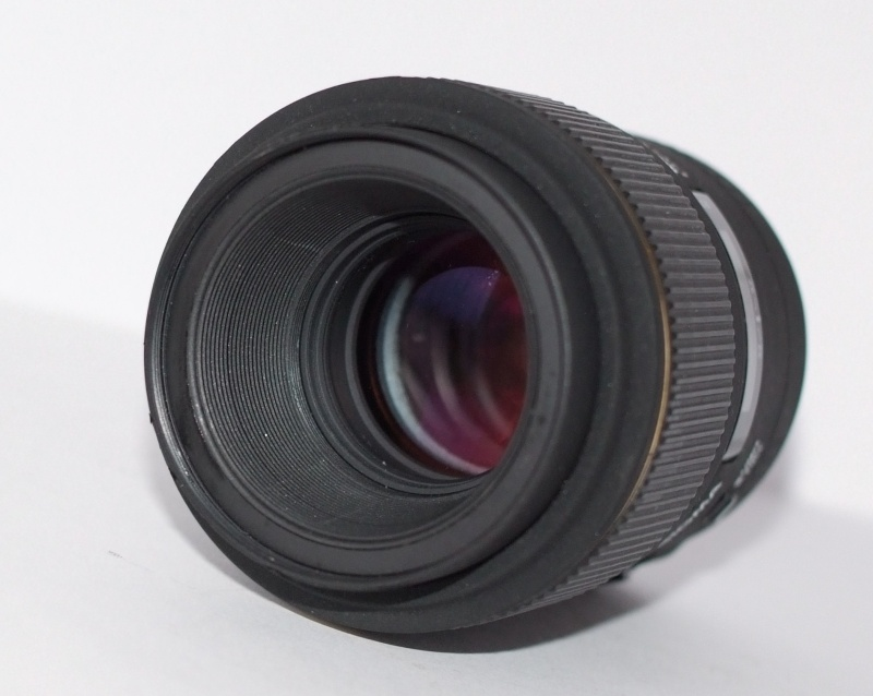 SIGMA  AF 105mm f/2,8 EX DG  Macro 1:1 pro CANON