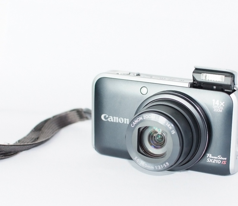 Canon PowerShot SX210 IS TOP STAV