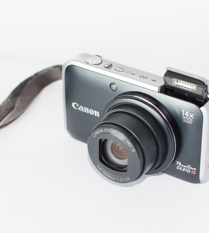 Canon PowerShot SX210 IS TOP STAV